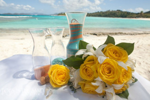 sand ceremony and yellow bouquet